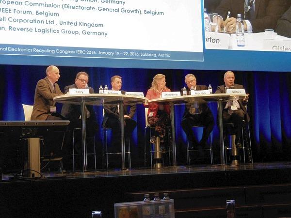 In der Podiumsdiskussion auf dem internationalen Elektronik-Recycling  Kongress erörterten die Teilnehmer Trends und Entwicklungen
