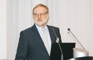 Dr. Ulrich Höke