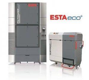 Das Hallenlüftungssystem Filtower zur Einhaltung der Reststaubgrenzwerte in Produktionshallen sowie der mobile Entstauber Dustomat 4 in der neuen eco+-Ausführung (von links) (Foto: ESTA Apparatebau GmbH & Co. KG)