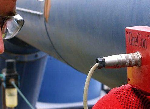 Ablagerungen auf der Optik der Funkenmelder wird mithilfe von Spülluftadaptern vorgebeugt (Foto: Fagus-GreCon Greten)