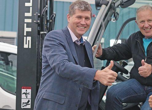 Von links: Marek Juhas (Still Norge), Roar Andersen (Andersen Truck), Sönke Imbeck (Still Norge) - Foto: Still GmbH
