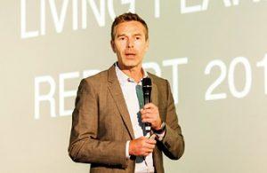 """TV-Moderator Dirk Steffens referierte über den """"Living Planet Report"""" und forderte, alle Kreisläufe zu schließen (Foto: bvse)"""