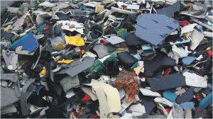 Kunststoffgemisch aus dem Elektronikschrott nach Zerkleinerung und  Abtrennung der  Metallfraktionen (Foto: hamos)
